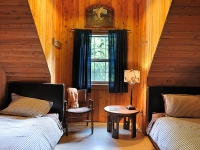 Pitt River Lodge